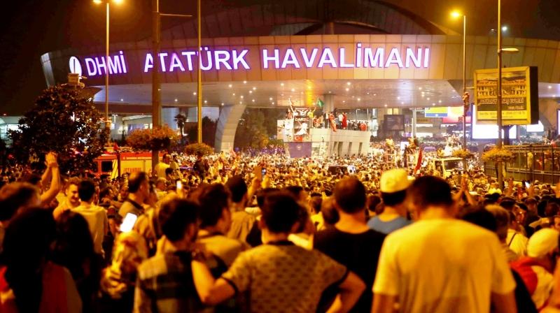 http://www.fsm.edu.tr/resimler/upload/16_20162017-07-14-02-51-34pm.072017-07-14-02-51-34pm.16-M2017-07-14-02-51-34pm.-Faruk-LADIKLI---Ataturk-Havalimani-Girisi2017-07-14-02-51-34pm.jpg